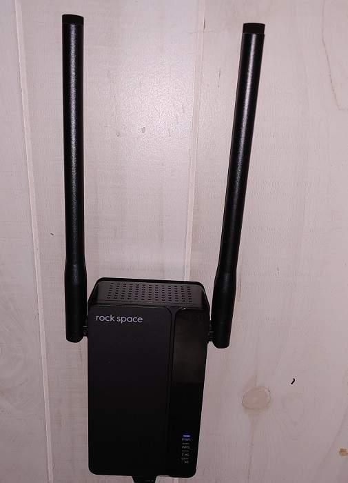 Revisión del repetidor Rock Space Ax1800 Wi Fi 6 en uso