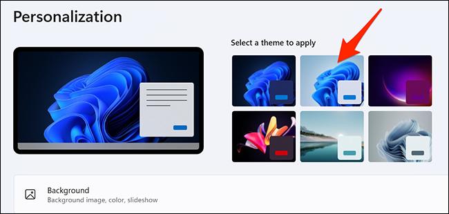 """Seleccione el tema """"Windows (claro)"""" en Configuración en Windows 11."""