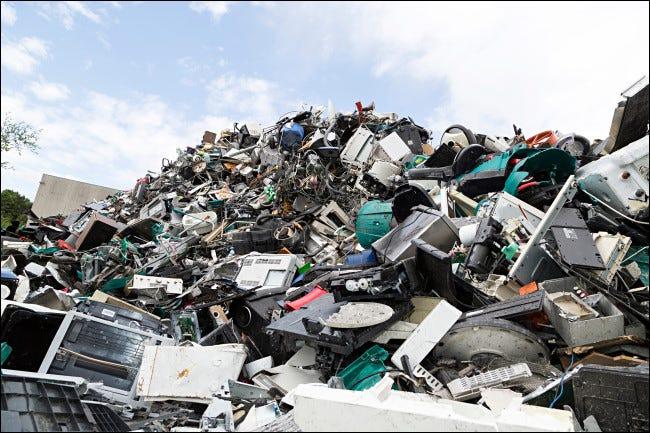 Un montón de basura electrónica.