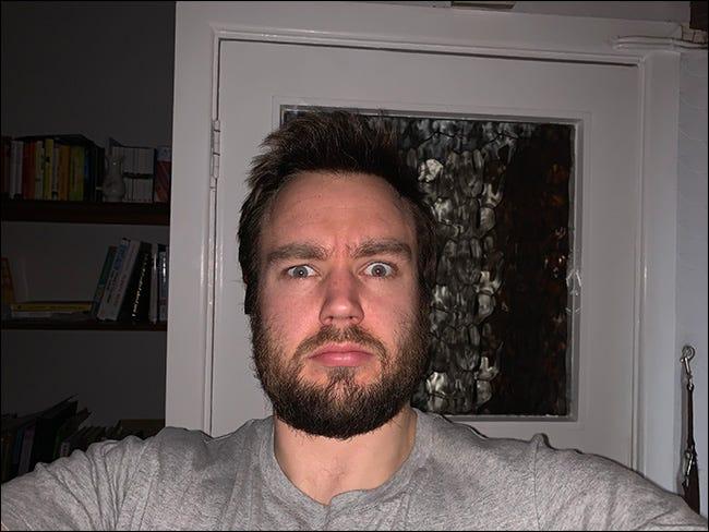 típica mala foto de flash