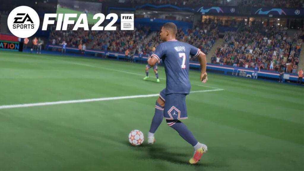 Mbappé regateando en FIFA 22