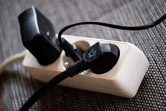 Las 4 mejores tiras de enchufes con suministro de energía USB C para una carga rápida